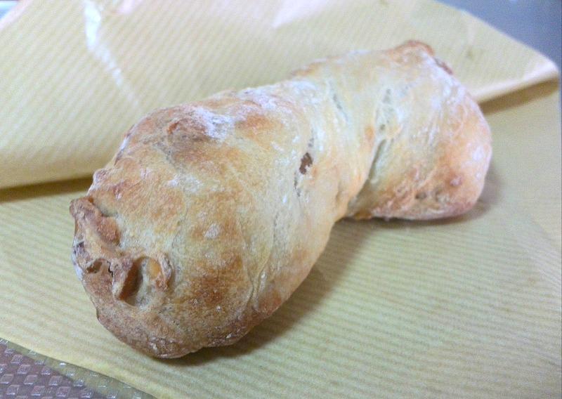 365日 くるみパン